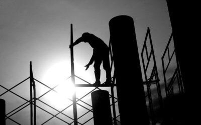 Appalti e intermediazione fittizia di manodopera: importante sentenza a tutela dei lavoratori più esposti al rischio di sfruttamento e illegalità